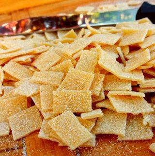 Domácí těstoviny – fleky s houbami (ručně krájené)