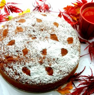 Vynikající hrníčkový mrkvový dort
