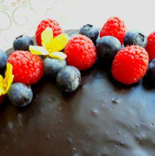 Výborný a snadný čokoládový dort